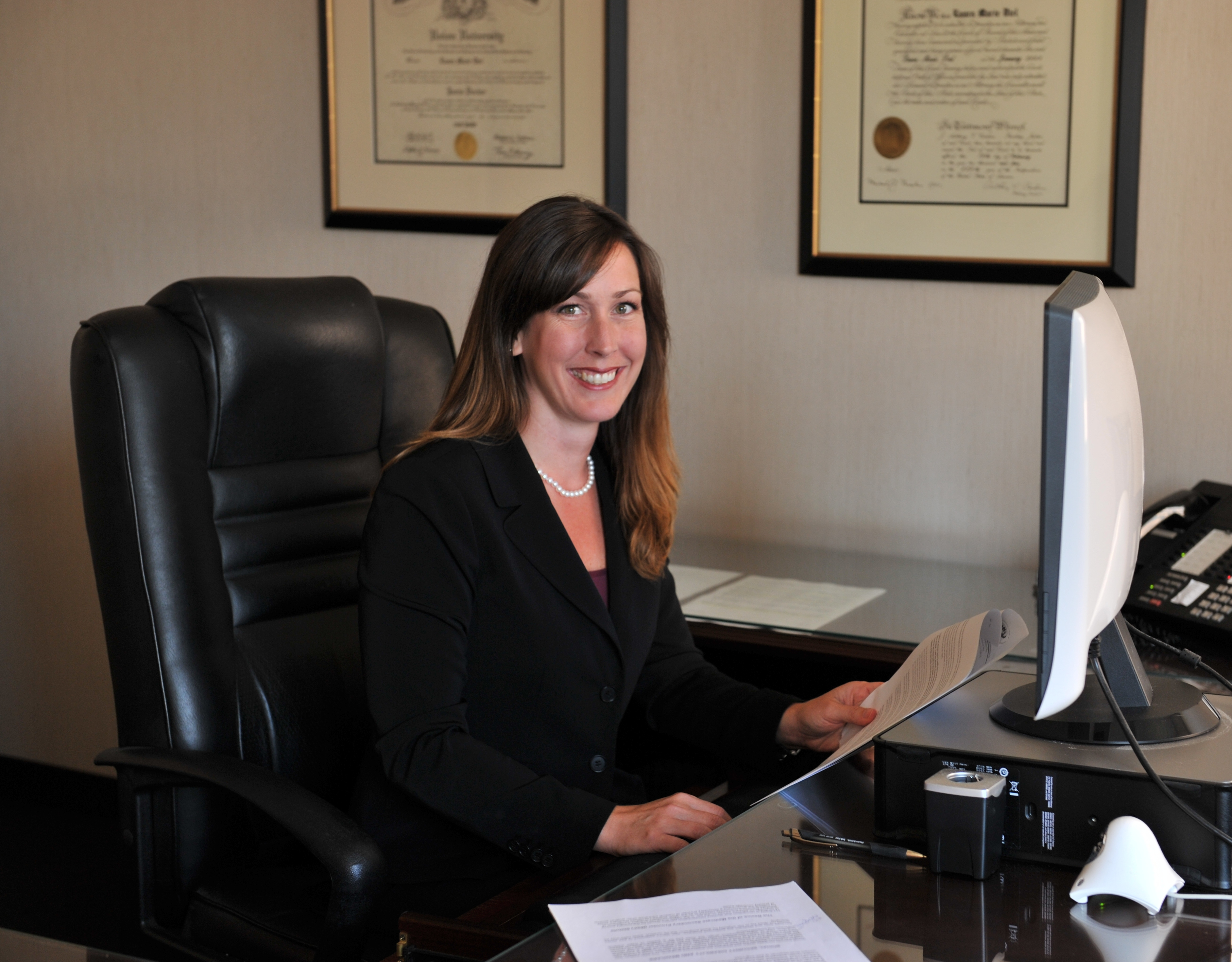 Hiring the right lawyer for dealing with legal issues!